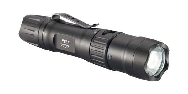 Peli Light 7100